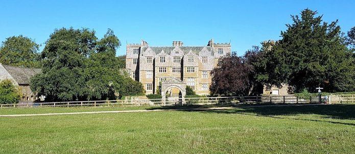 photo of Chastleton House