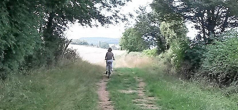 Circular cycle routes in the Cotswolds - SlowCycling.net